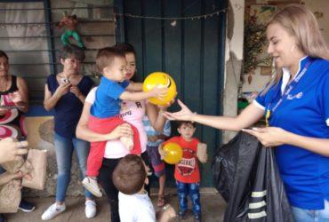 Facilísimo alegró la Navidad de tres mil niños quindianos